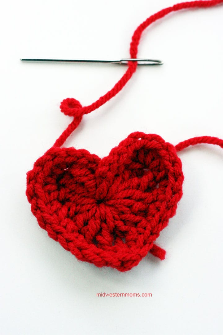 Large heart added to the garland