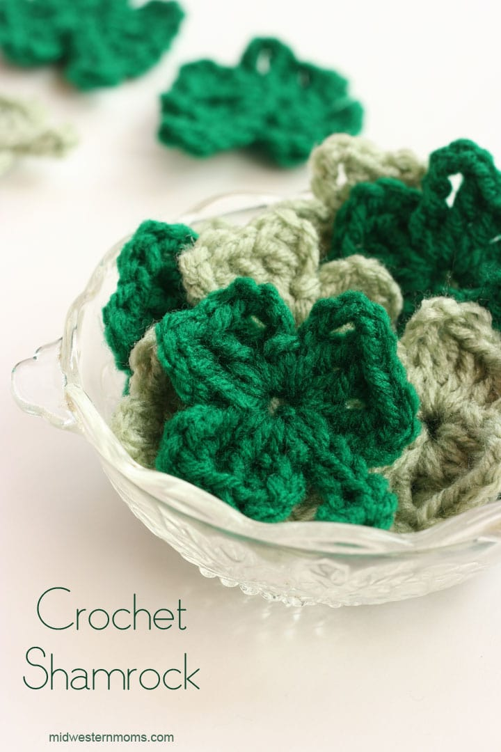 How to Crochet a Shamrock. Free Pattern!