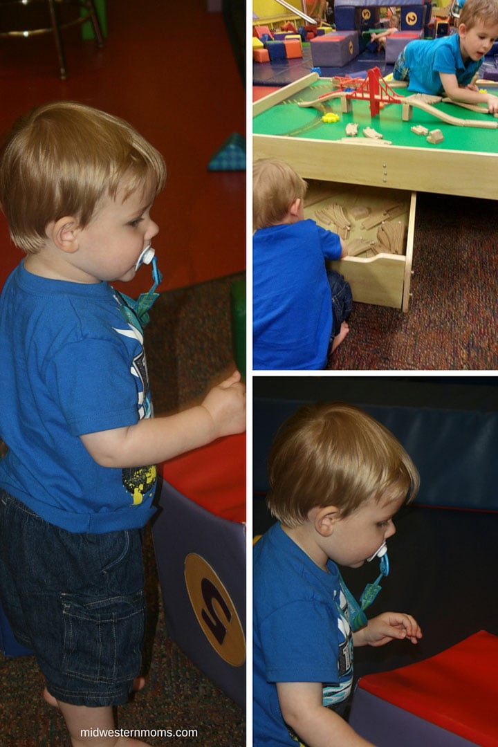Playing in the Wiggle Room of the Omaha Children's Museum