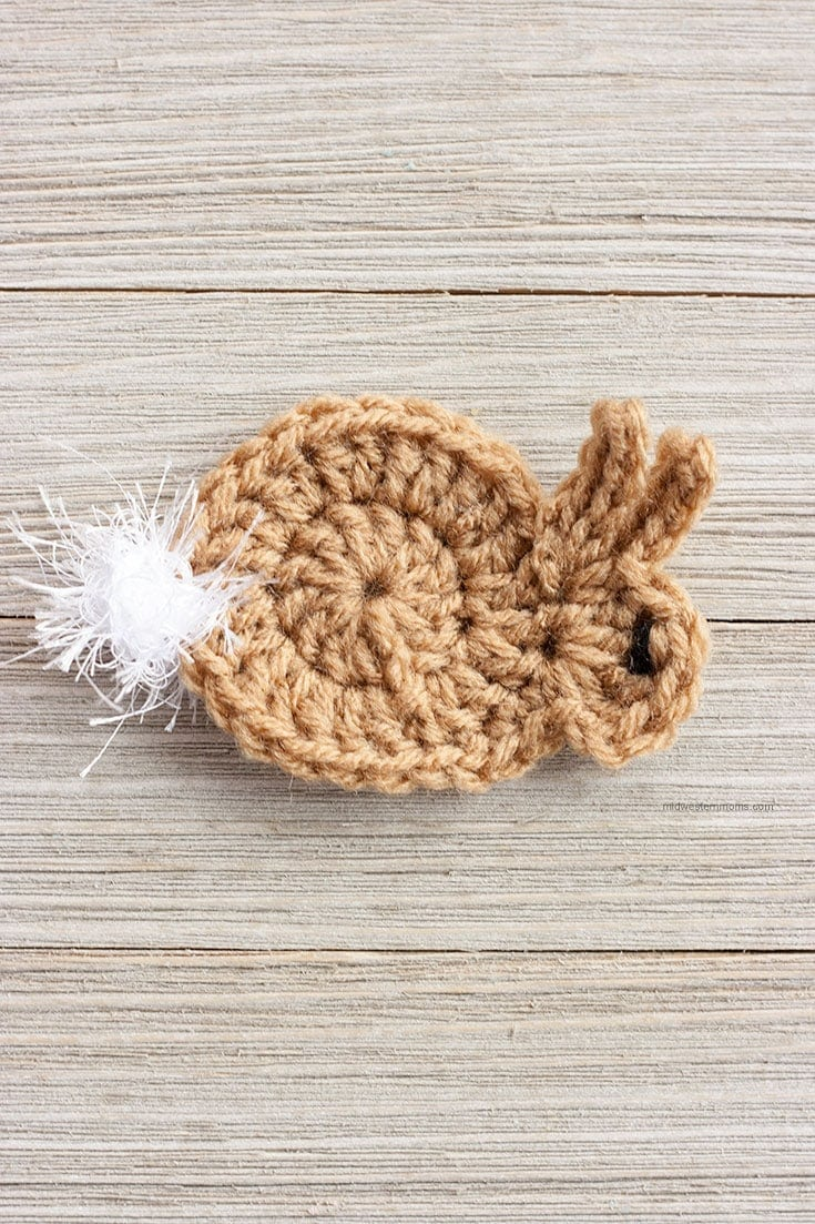 Easy Crochet Bunny Applique Pattern! This little bunny can be made in about 5 minutes! So Simple!
