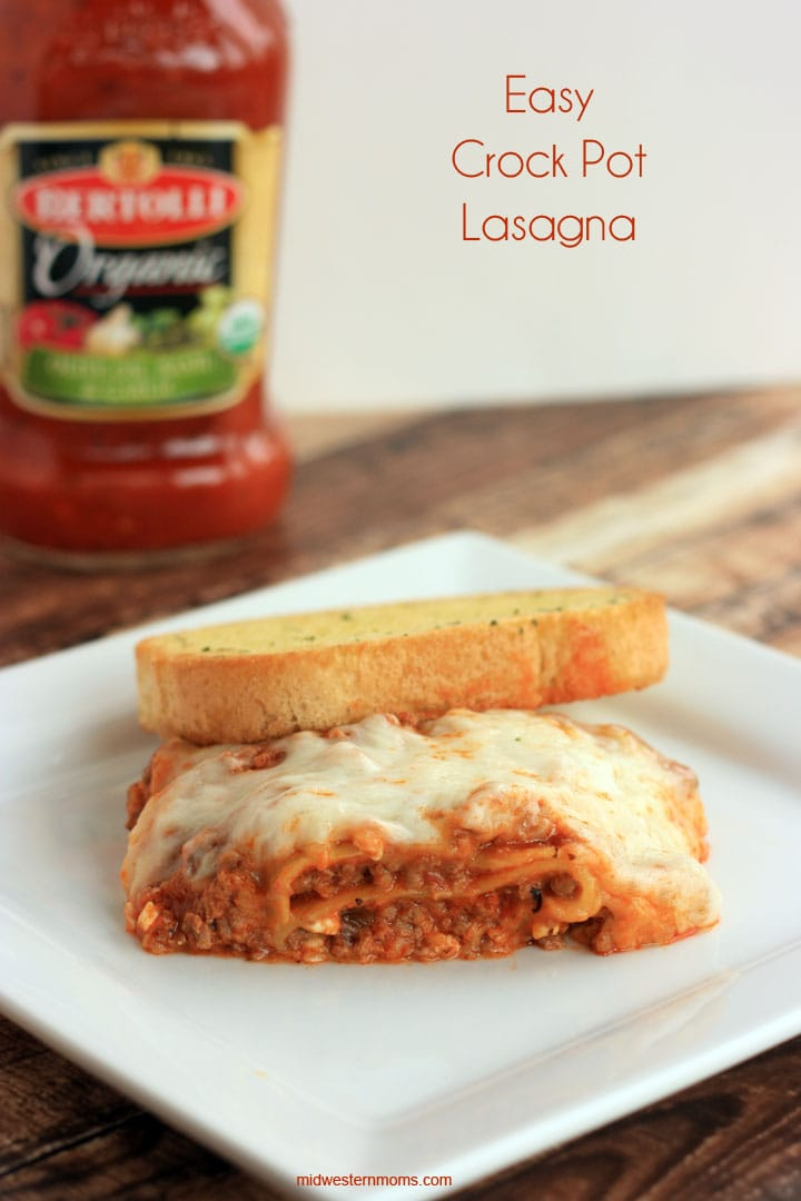 Your family will be wanting seconds of this Easy Crock Pot Lasagna!