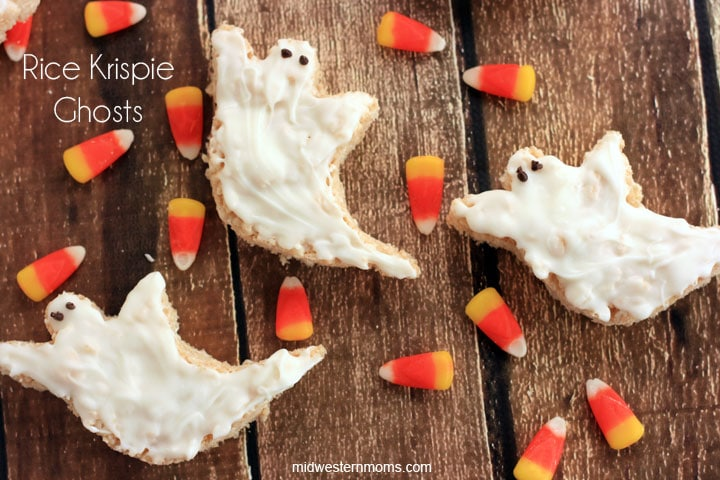 Rice Krispie Ghosts are easy to make for Halloween!