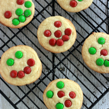 Spreading cheer this holiday season! Making cookies is the best way to get into the spirit and spread the cheer! #spreadcheer
