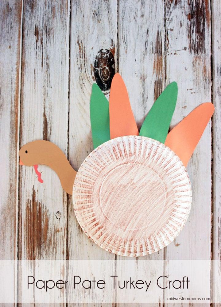 Fun paper plate turkey craft for preschoolers
