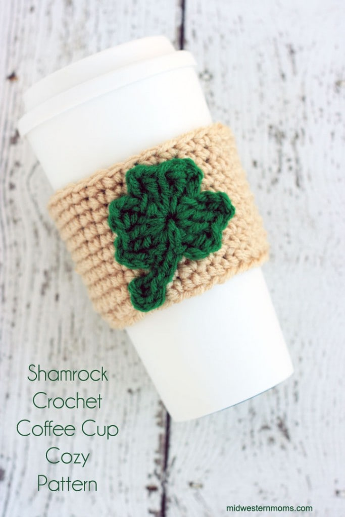 A Simple and free Shamrock Crochet Coffee Cup Cozy Pattern! Great way to show your Luck of the Irish on St. Patrick's Day!