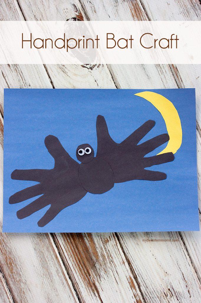 Halloween kid craft: handprint bat craft