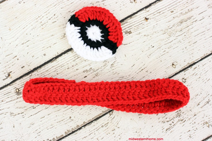 The completed pieces of the Pokemon Headband.