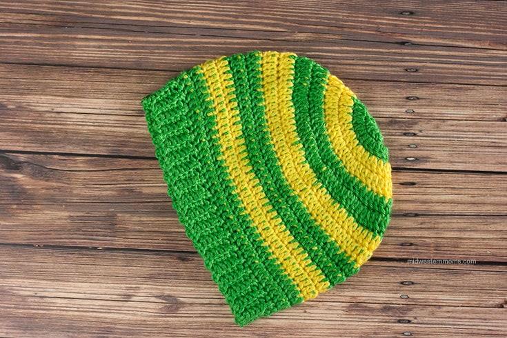 Simple Stripe Crochet Beanie Hat Pattern