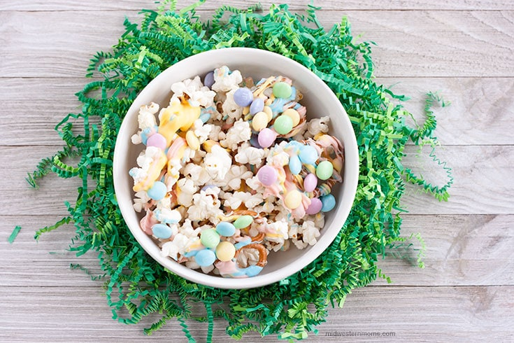 Easter Popcorn Mix
