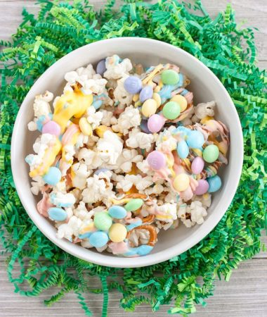 Easter Popcorn Snack Mix