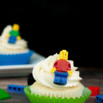 How To Make Amazing LEGO Cupcakes With Edible LEGO Minifigures