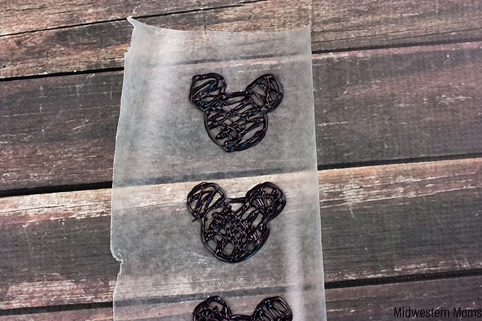 Piped Mickey Mouse Shapes for Cupcake Toppers
